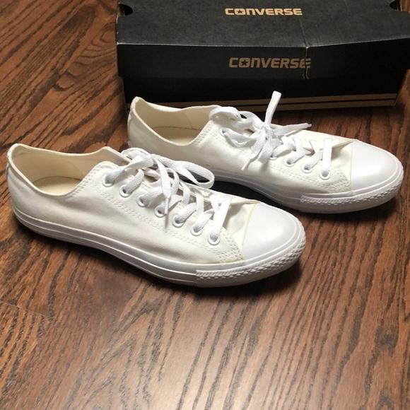 Converse men's shoes size 10